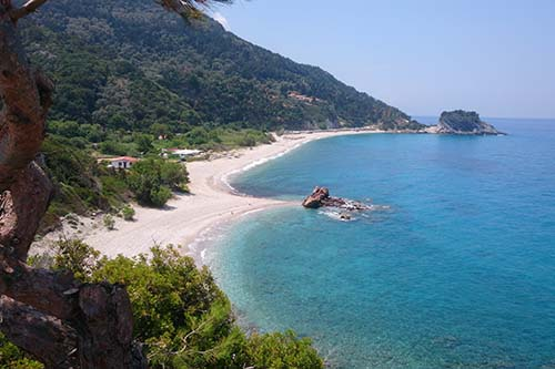 Potami_Beach_in_Karlovasi,_Samos